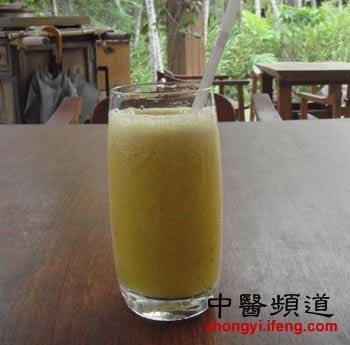 夏季消暑清热止渴 必喝的四款自制蔬果饮品