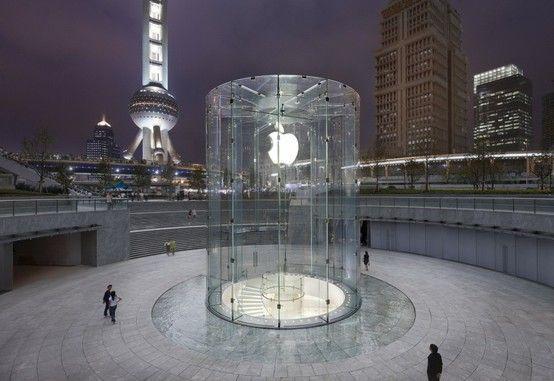 """(把苹果零售店建成地标,也是""""苹果社区""""文化的体现。)"""