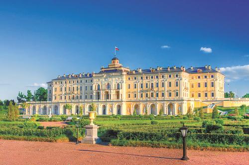 康斯坦丁宫外景。