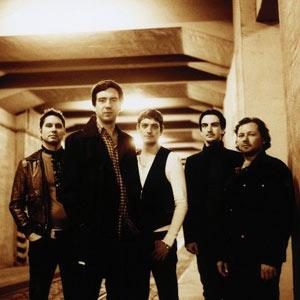 雪地巡游者是来自苏格兰的另类摇滚乐队