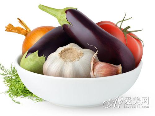 空腹吃柿子惹来胃肺石 秋吃柿子的12个禁忌