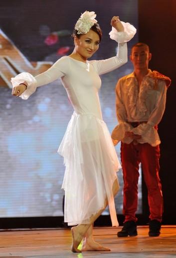 李妮娜列入《舞林年夜会》