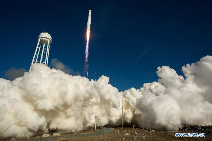 На МКС запущен американский частный грузовой корабль