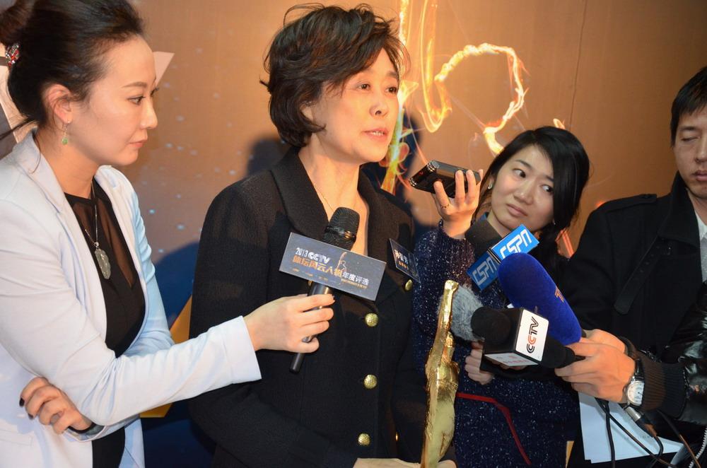 孙晋芳在体坛风云人物新闻发布会上