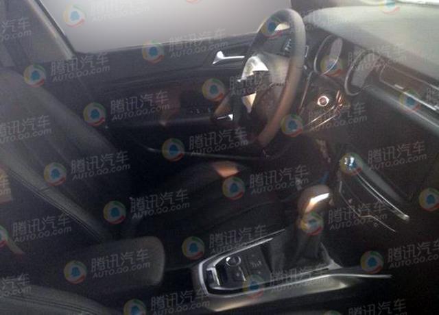 [新车谍报]东风标致全新308三厢版内饰曝光