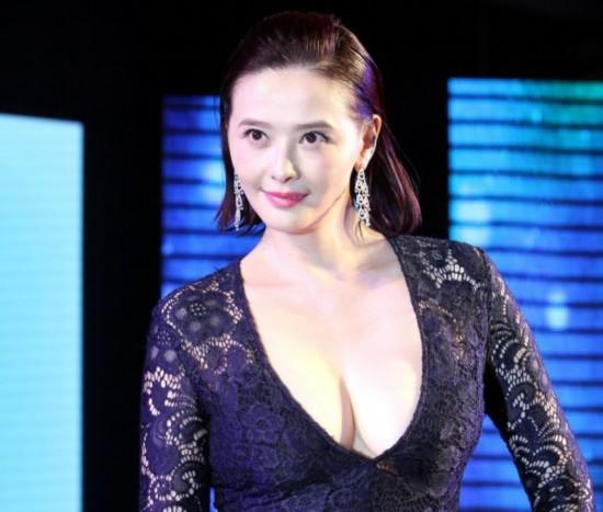 萧淑慎加盟新经纪公司成为张柏芝师妹。