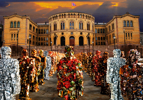German artist Ha Schult constructed his unique statues from an assortment of recycled materials such as iron, cans, computer parts and other pieces of junk.