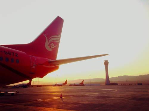 在长水机场迎来了新的一天