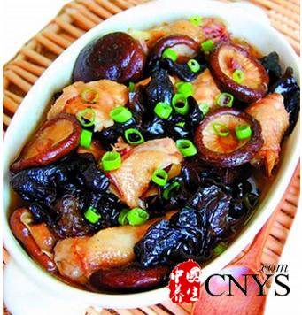 黑木耳的五种美味做法 排毒养颜健脾养胃