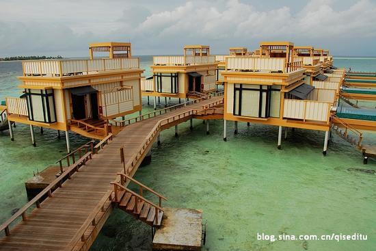 马尔代夫:碧海蓝天梦幻水上屋