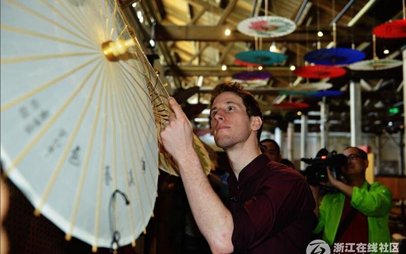 В Ханчжоу наняли на работу «современного Марко Поло» с годовой зарплатой 40 тысяч евро