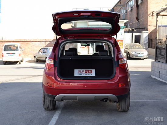 价格实惠量又足 四款10万元自主SUV推荐