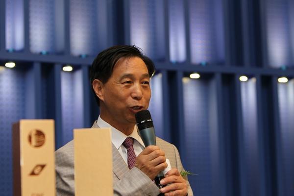 中国电子商务协会副理事长 陈震