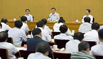 刘云山:把握人民群众关切 加强政风行风建设