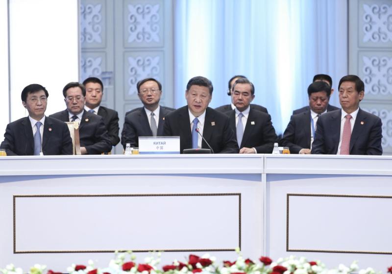 6月9日,国家主席习近平在哈萨克斯坦首都阿斯塔纳出席上海合作组织成员国元首理事会第十七次会议并发表重要讲话。