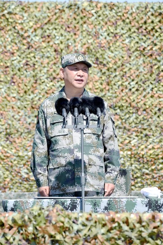 7月30日上午,庆祝中国人民解放军建军90周年阅兵在朱日和联合训练基地隆重举行。中共中央总书记、国家主席、中央军委主席习近平检阅部队并发表重要讲话。