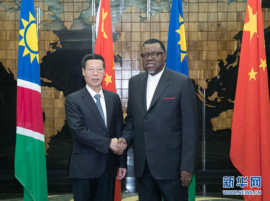 8月28日,应邀访问纳米比亚的中共中央政治局常委、国务院副总理张高丽在温得和克会见纳米比亚总统根哥布。 新华社记者 王晔摄