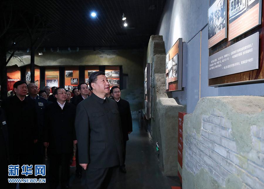 12月12日至13日,中共中央总书记、国家主席、中央军委主席习近平在江苏徐州市考察。这是13日下午,习近平参观淮海战役纪念馆。