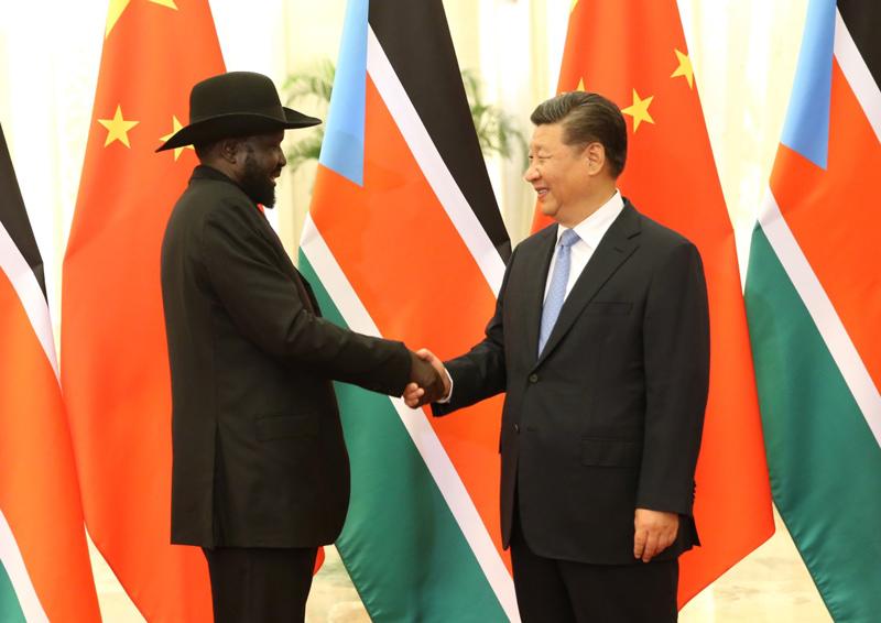 8月31日,国家主席习近平在北京人民大会堂会见南苏丹总统基尔。新华社记者 姚大伟 摄
