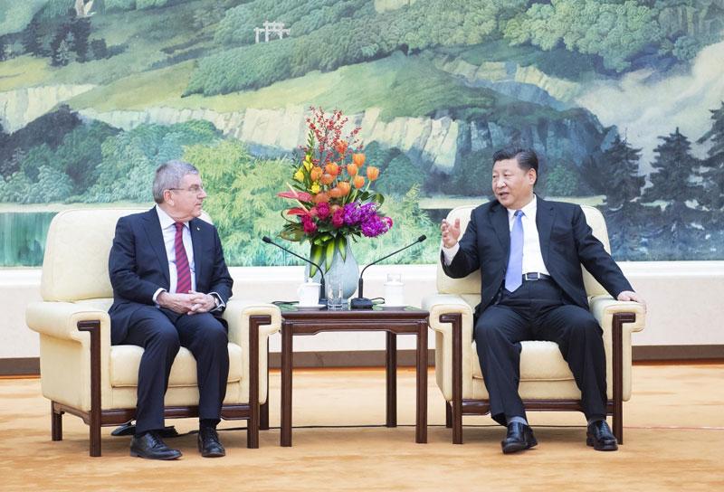 1月31日,国家主席习近平在北京人民大会堂会见国际奥林匹克委员会主席巴赫。