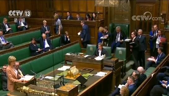 英国首相辞职 民众:不惊讶 议会堵死脱欧协议所有选项
