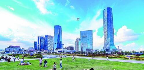 云上马拉松将在杏林湾商务运营中心12号楼——诚毅国际商务中心开跑。