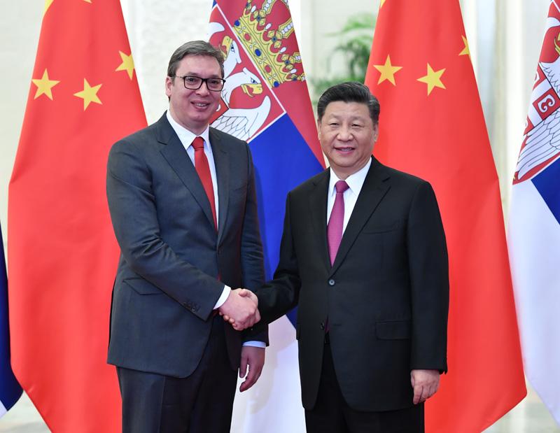 4月25日,国家主席习近平在北京人民大会堂会见塞尔维亚总统武契奇。
