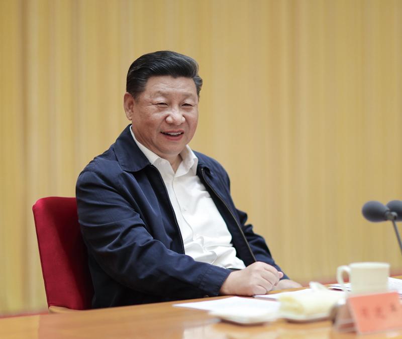 2018年8月21日至22日,全国宣传思想工作会议在北京召开。中共中央总书记、国家主席、中央军委主席习近平出席会议并发表重要讲话。 新华社记者 鞠鹏/摄