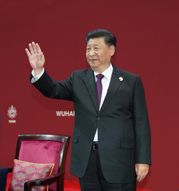 10月18日,中共中央总书记、国家主席、中央军委主席习近平在武汉出席第七届世界军人运动会开幕式并宣布运动会开幕。新华社记者 李刚 摄
