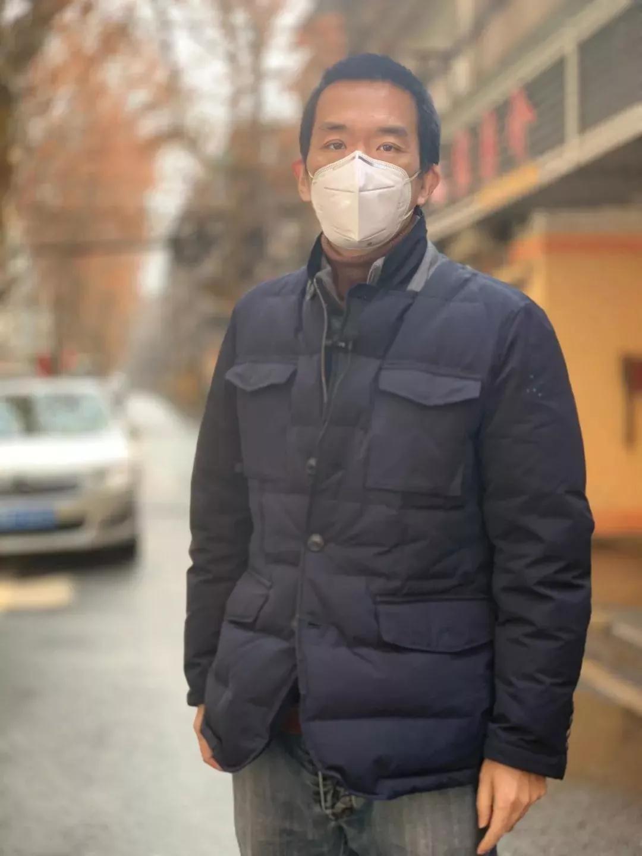 """新闻老兵杨春主动""""请战""""赴武汉报道疫情"""