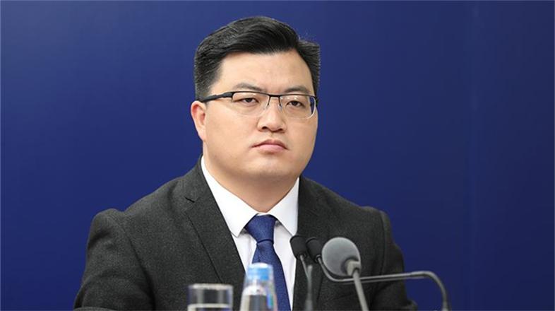 中国疾控中心研究员冯录召