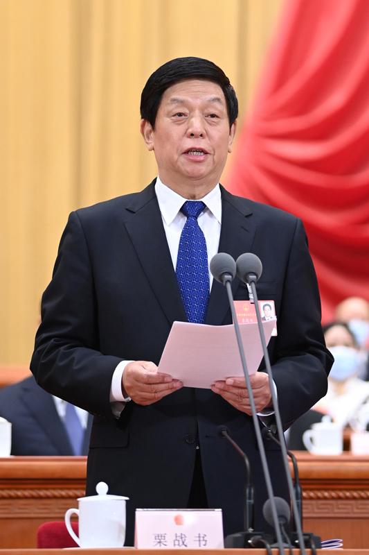 5月22日,第十三届全国人民代表大会第三次会议在北京人民大会堂开幕。大会主席团常务主席、执行主席栗战书主持大会。新华社记者 申宏 摄
