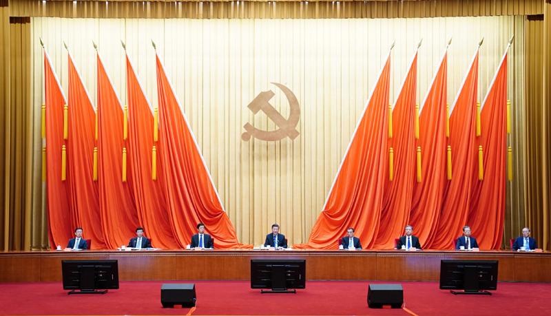 2月20日,黨史學習教育動員大會在北京召開。中共中央總書記、國家主席、中央軍委主席習近平出席會議并發表重要講話。新華社記者 翟健嵐 攝