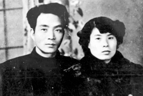 焦裕祿與妻子徐俊雅(圖片來源:新華社)