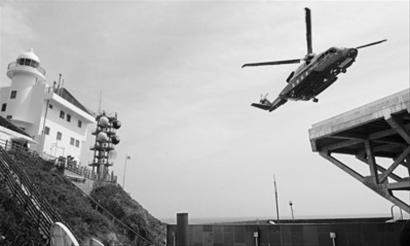 """""""   争端使美国面临两难   独岛自上世纪50年代以来由韩国控制,按照"""