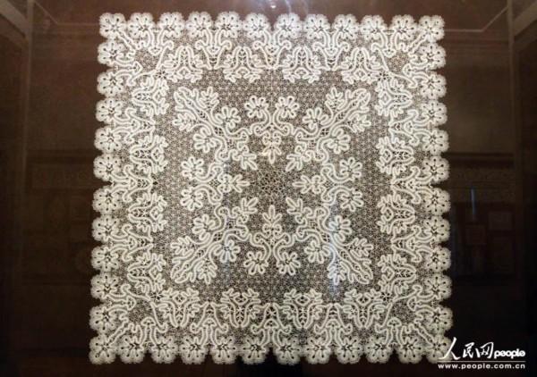 花边纺织工艺最早起源于欧洲