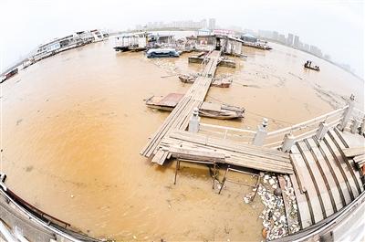 湖南洪水12人遇难