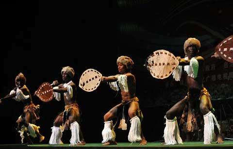 The art troupe from Mozambique displayed their cultural marks with their characteristic dance moves, their own musical instruments, and enthusiastic drum beats.