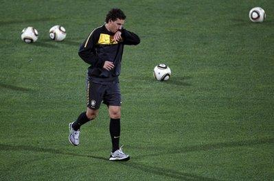 The team doctor said Galatasaray midfielder Elano will not take part in the game on Friday, because of a hurt ankle.