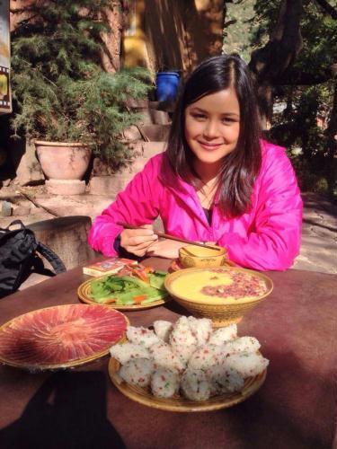 Sbs news presenter asian dating 8