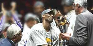 <center><b>科比获总决赛MVP 呼声响彻全场</b></center><br>  MVP的声音响彻安利球场,这一刻他成为了全场的英雄,全世界球迷心中最棒的篮球运动员。<br><br>
