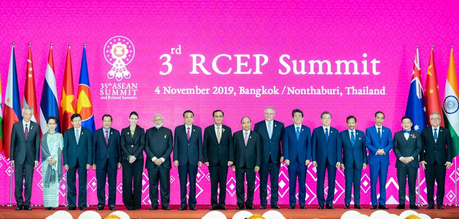 Chinese Premier Li Keqiang attends the 3rd Regional Comprehensive Economic Partnership (RCEP) Summit in Bangkok, Thailand, Nov. 4, 2019. (Xinhua/Zhai Jianlan)