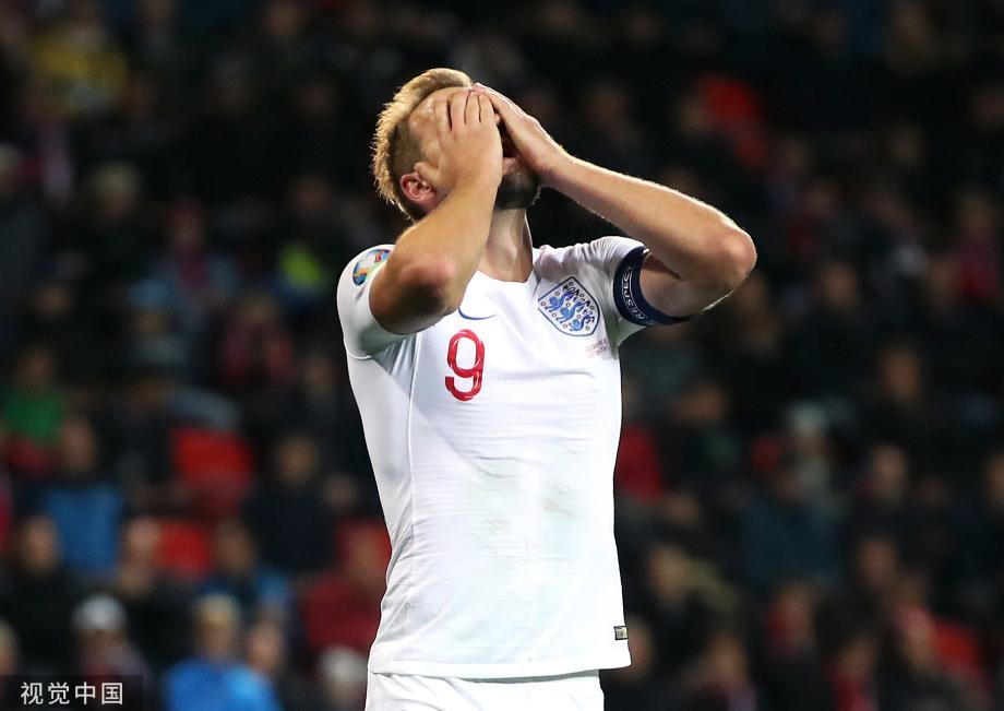 [图]欧预赛-英格兰1-2遭逆转 10年预选赛首负