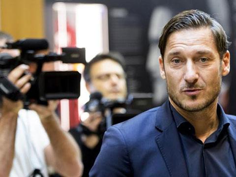 """[国际足球]""""罗马王子""""托蒂离开罗马俱乐部"""