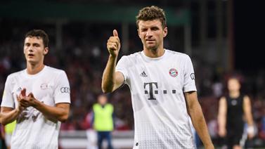 [图]德国杯莱万破门科曼世界波 拜仁3-1科特布斯