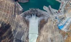 白鹤滩水电站500千伏送出工程带电投运