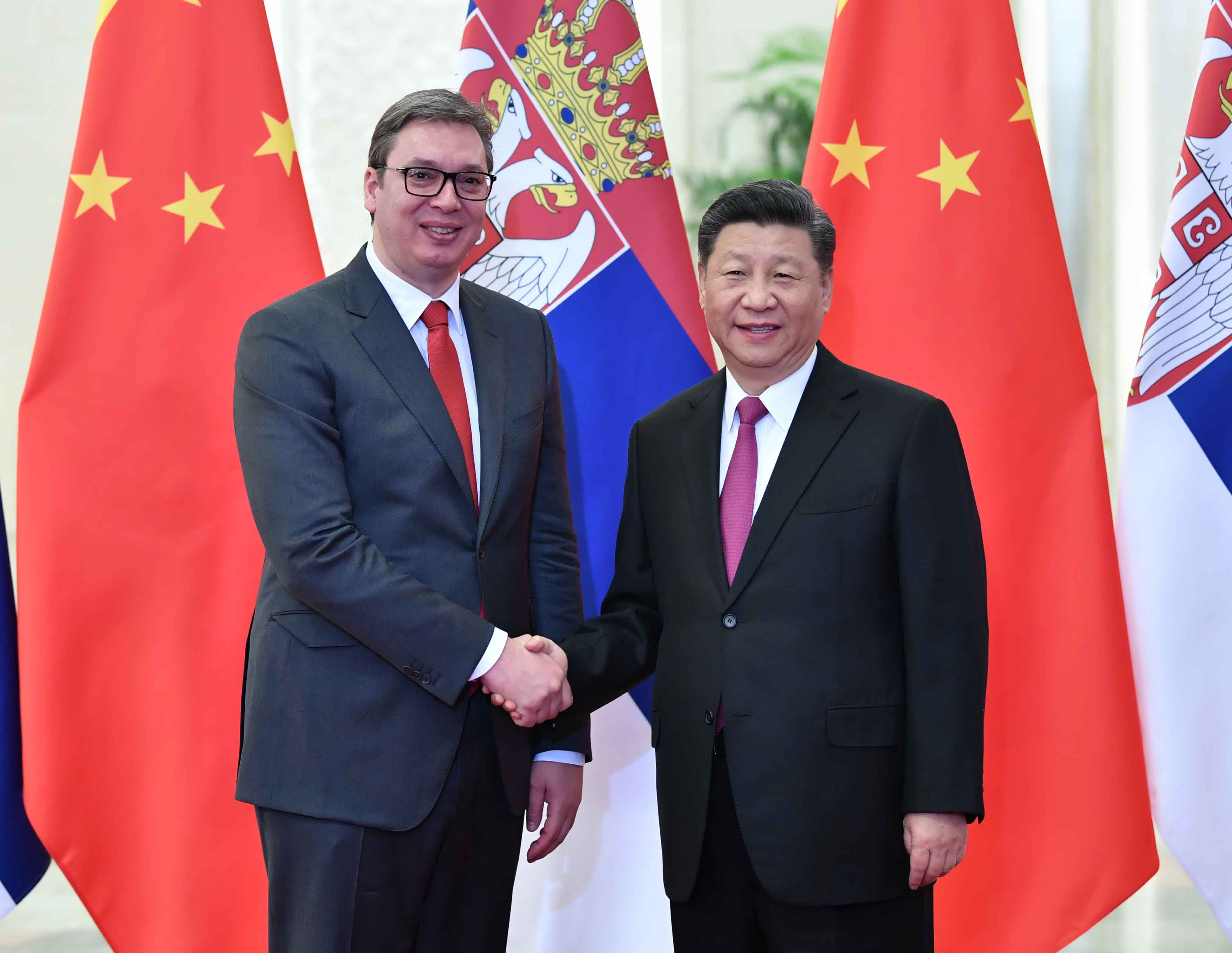 4月25日,國家主席習近平在北京人民大會堂會見塞爾維亞總統武契奇。