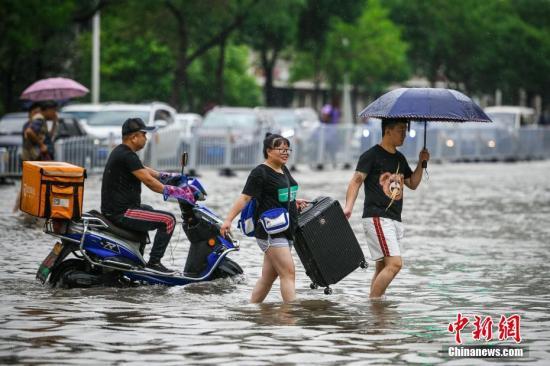 四川盆地西部有强降雨 华北东北等地将有降雨过