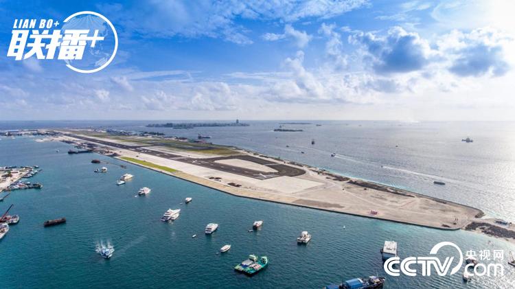 中国企业承建的马尔代夫维拉纳国际机场新跑道(2018年9月14日摄)
