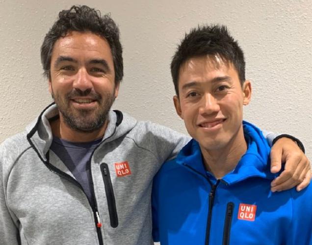 锦织圭(右)与教练博蒂尼
